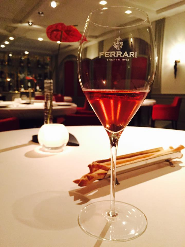 FERRARIが経営するレストランでディナー「LOCANDA MORGON」